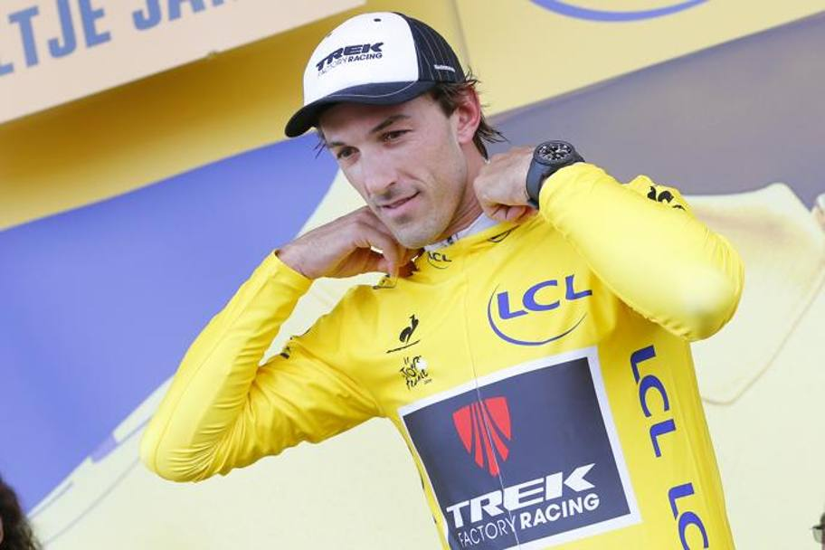 Fabian Cancellara conquista la 29esima maglia gialla in carriera. Bettini