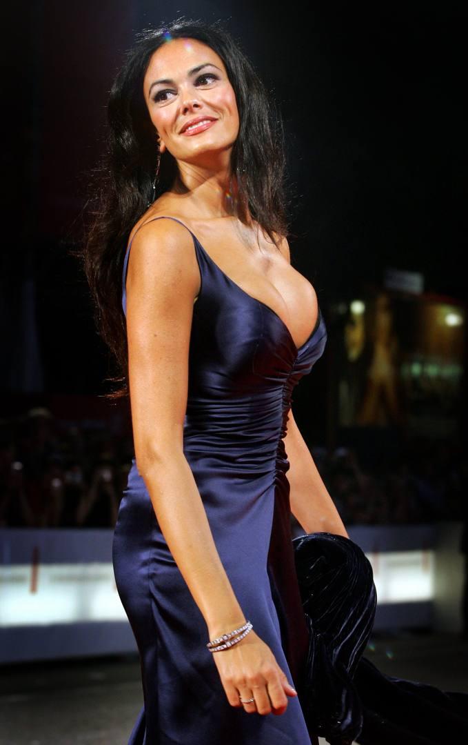 Maria Grazia Cucinotta Calendario Lavazza.Modella Attrice Con Troisi Produttrice Maria La