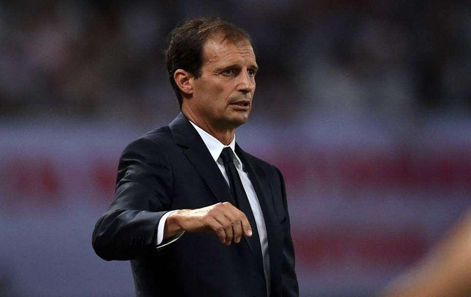 Allegri segue il match. Afp