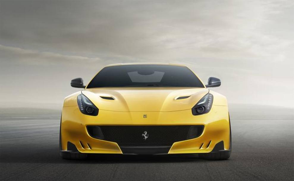 La F12tdf accelera da  0 a 100 km/h in 2,9 secondi e da 0 a 200 km/h in 7,9 secondi