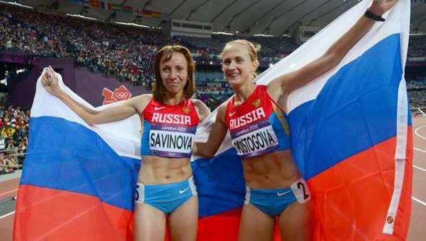 Marya Savinova e Ekaterina Poistogova, ora e bronzo sugli 800 a Londra: rischiano la squalifica a vita. Afp