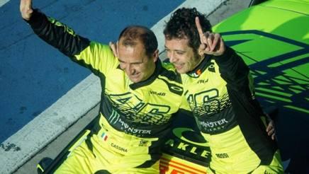 Valentino Rossi si consola vincendo il Rally di Monza