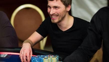 Il professionista russo Gleb Tremzin, attualmente al comando del Praga Main Event