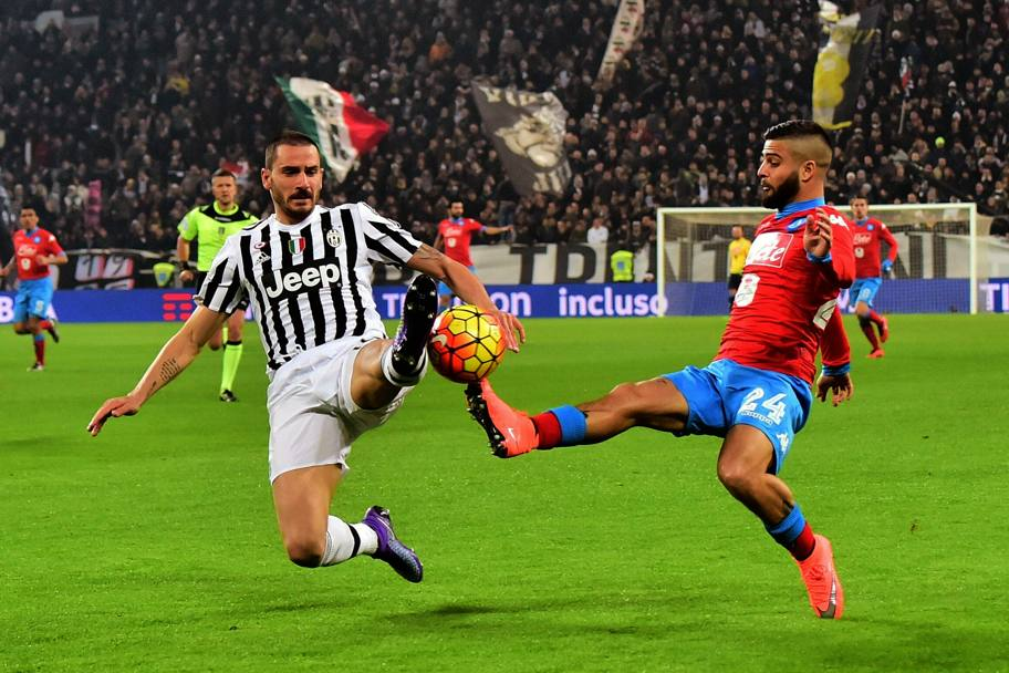 Bonucci ferma Insigne in tackle. Afp