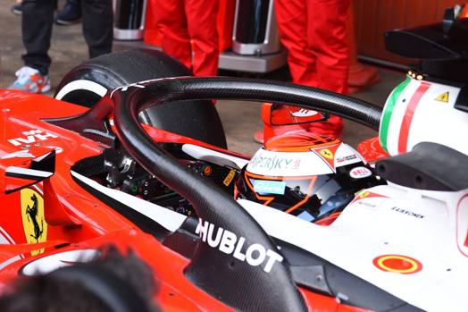 4a78cad0c2eee Grande novità a Montmelo  39   la Ferrari di Kimi Raikkonen ha fatto  esordire ...