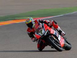 Chaz Davies in azione ad Aragon