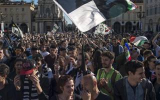 La festa dei tifosi a Torino. LaPresse