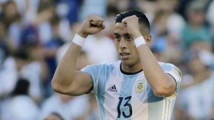 Ramiro Funes Mori, 25 anni, centrale dell'Argentina e dell'Everton. Ap