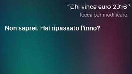 Una delle schermate di risposta di Siri, l'assistente  vocale dei dispositivi iOS sugli Europei di calcio in corso in Francia