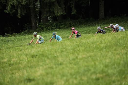 Nella 20esima tappa del Tour de France, Megeve-Morzine, 146,5 km, Vincenzo Nibali entra nella fuga. Afp