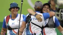 Guendalina Sartori, Claudia Mandia e Lucilla Boari, componenti della squadra azzurra di tiro con l'arco a Rio. Ap