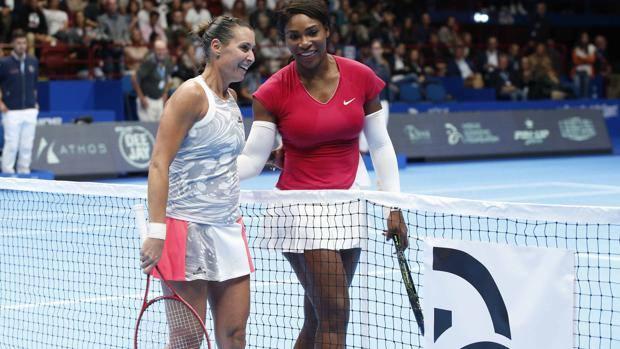 Tennis, Pennetta show con Serena, Djokovic,