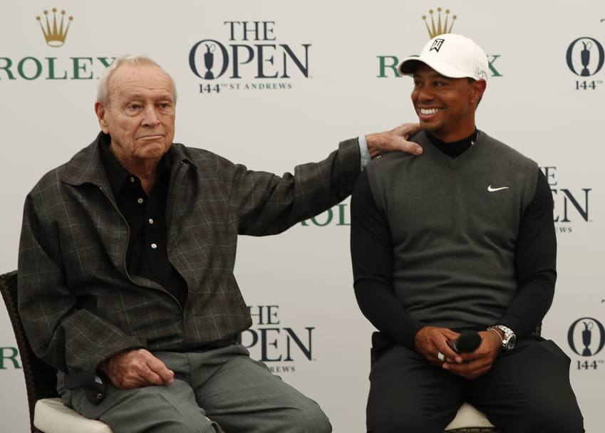 Palmer con Tiger Woods (REUTERS)