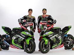 Rea e Sykes vicino alla nuova Kawasaki per il mondiale Sbk 2017