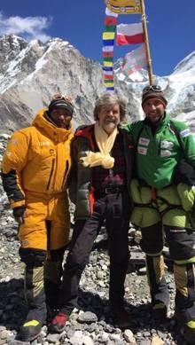 La Terra Degli Sherpa.Alpinismo Messner Al Campo Base Dell Everest