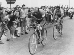 Magni e Coppi nella Trento-Sanpellegrino che ha deciso il Giro del 1955