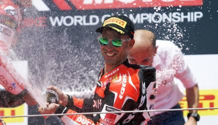 Marco Melandri, vincitore a Misano. LaPresse