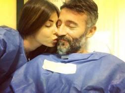 Max Biaggi in ospedale con Bianca Atzei