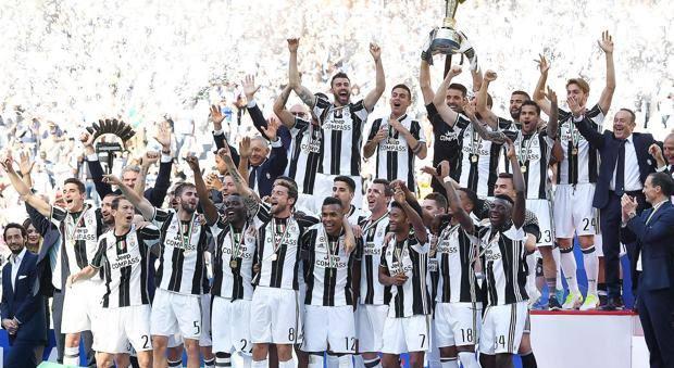 Sorteggio Calendario Serie A Juventus.Lega Serie A Il Sorteggio Dei Calendari Dalle