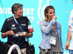 Tania Cagnotto col papà Giorgio a bordo vasca ai Mondiali di Budapest 2017. Bozzani