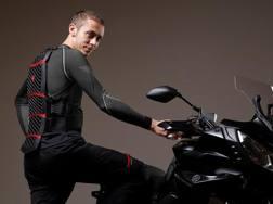 Valentino Rossi col sistema di protezione Pro-Armor della Dainese