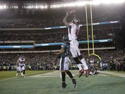 Julio Jones fallisce la presa: Atlanta eliminata da Philadelphia. Ap