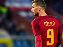 Edin Dzeko, 32 anni, 13 gol e 4 assist in stagione con la Roma. Ansa
