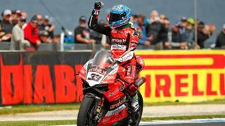 Marco Melandri in azione con la Ducati. Getty