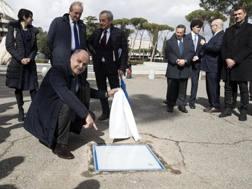 La cerimonia di viale delle Olimpiadi a Roma. Ansa