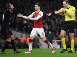 L'arbitro Eriksson  fischia il rigore per l'Arsenal. Getty