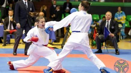 stili freschi aspetto dettagliato scarpe da ginnastica a buon mercato Karate, oltre 500 per il tricolore juniores ad