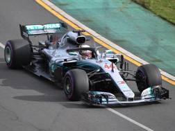 Lewis Hamilton, prima pole del 2018. Epa