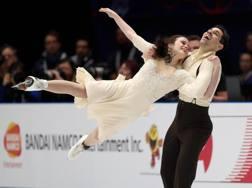 Anna Cappellini e Luca Lanotte in azione al Forum di Assago. Ansa