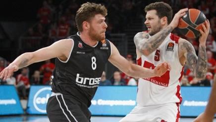 Vlado Micov, 32 anni, ala serba di Milano, migliore dei milanesi nella vittoria in casa del Bamberg CIAMILLO