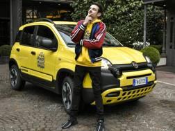 Fabio Rovazzi con la Panda City Cross