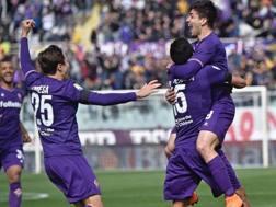 Giovanni Simeone (22 anni) festeggia il gol del vantaggio. ANSA