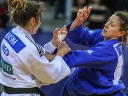 Carola Paissoni in azione con l'olandese Ausma