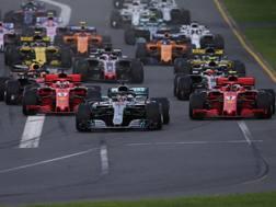 La partenza del GP d'Australia a Melbourne. Lapresse