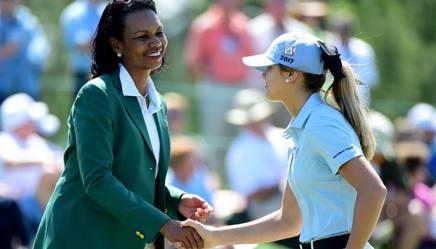 Condoleezza Rice, ex Segretario di Stato Usa, con la giacchetta verde del Masters Augusta . Afp