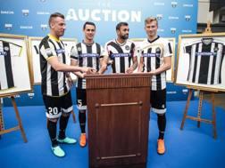 Maxi Lopez, Lasagna, Danilo, Barak posano con le maglie dell'Udinese
