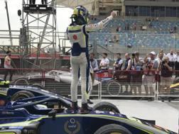 Lando Norris festeggia il successo in F.2 in Bahrain