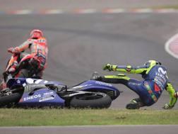 L'entrata di Marquez su Rossi. Epa
