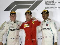 Bottas, Vettel e Hamilton sul podio di Sakhir. Ap