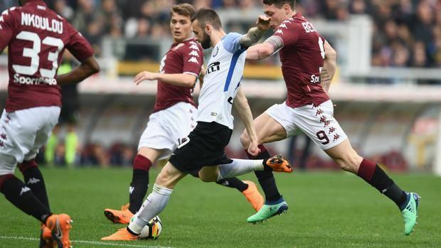 Marcelo Brozovic al tiro contro il Torino.