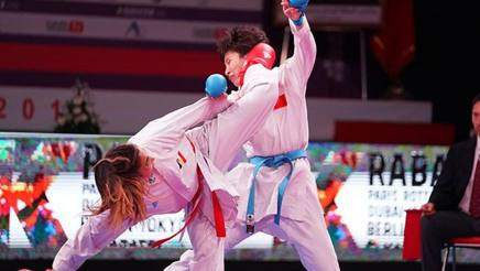 Leila Hertault (Fra) vince a sorpresa nella -61 kg contro la Grand Winner 2017 Yin Xiaoyan (Cina) .  WKF