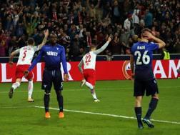 L'incredulità dei giocatori della Lazio. Afp