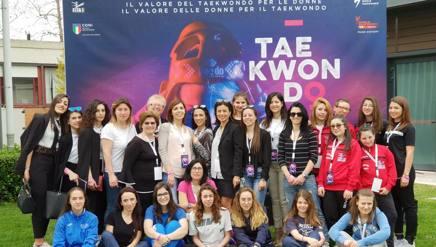 Foto di gruppo prima dell'inizio del convegno TaekwonDonna