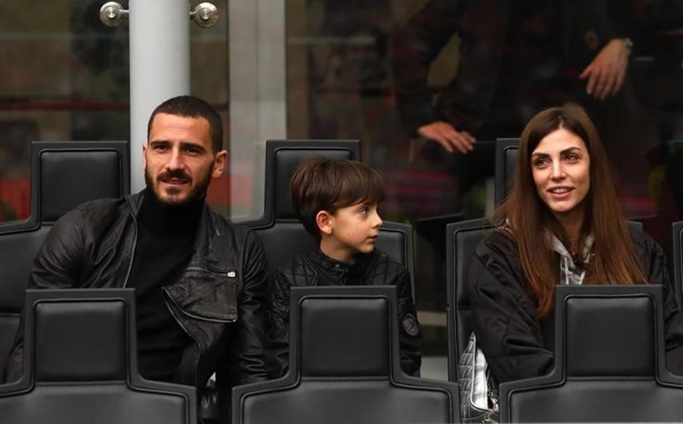 Bonucci e famiglia in tribuna. Getty