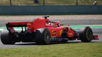 Sebastin Vettel in azione con la Ferrari. Afp