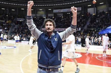 Gianmarco Pozzecco, 45 anni. Ciamillo-Castoria